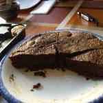 デザートの濃厚チョコレートケーキ