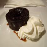 少し前に大流行していた、マフィンの中から暖かいチョコレートソースが出てくるデザート