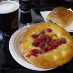 日本にもスペインにもある、でもバレンシアにはないPAULで朝ご飯。