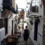 せっかくなのでもう一度旧市街に戻ります・・・。昨夜ご飯を食べた道、全然雰囲気が違います。