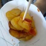 冷えていたパタタス・ブラバス。フライドポテトにニンニク風味のマヨネーズと辛いソースをかけたもの。