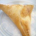 アラブ風ミートパイ。生地がすごくおいしかった。