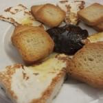 チーズといちぢくのジャム。