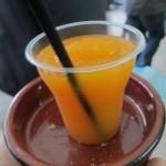 アルコールが飲めないわたしは、マンゴースムージー(Granizado de Mango)を飲みました。