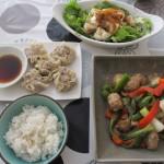 豆腐入りしゅうまいと肉団子と野菜の中華風炒めもの