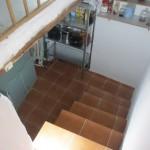 坂道に建てられているので、階段がたくさんある家。