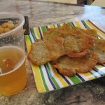 Tortita de camaron(トルティータ・デ・カマロン)。日本の桜えびのかき揚げにちょっと似ています。