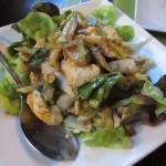 鶏肉の暖かいサラダ