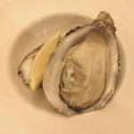 生牡蠣。+4ユーロでしたが美味しかったー!