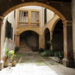 バレンシアですって言ってもそうかなと思う建物。