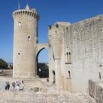 ベルベール城。円形のお城です。