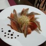 トマトとアンチョビのサラダ。