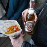 メキシコのビール「SOL」とナチョス。ちゃんとコリアンダーがきいています。