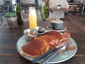 Bastard Coffe & Kitchenの朝ごはん。