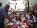 ロス・アルコス村の昼食会ご招待。