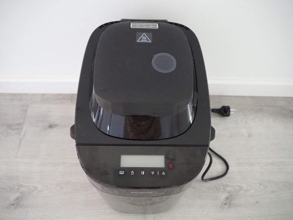 パナソニックの海外仕様ホームベーカリー「Panificadora SD-ZX2522」