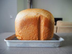 ドイツ在住日本人のレシピで焼いた食パン。